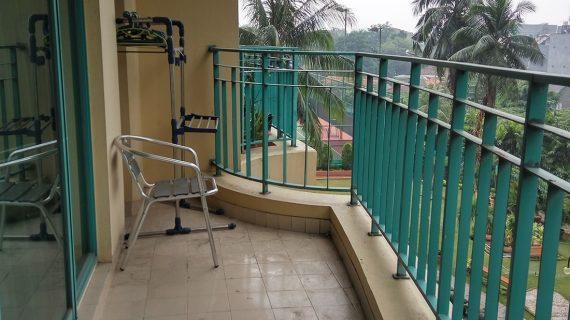 apartemen casablanca balkon